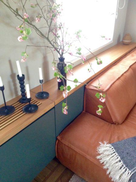 6-2 PM _ televisiekast 2 _ omkasting radiator _ vensterbank